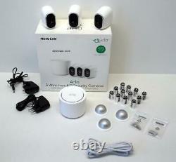 Arlo VMS3330 Sicherheitssystem mit 3 Kameras