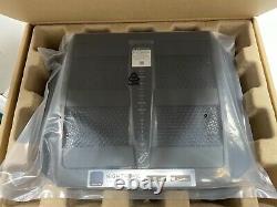 NETGEAR Nighthawk X6 AC3200 Tri-Band WiFi Router ModelR8000 New